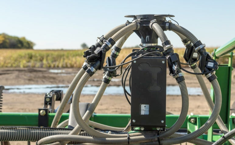 Intelligent Ag Recon Wireless Blockage & Flow Monitor on John Deere