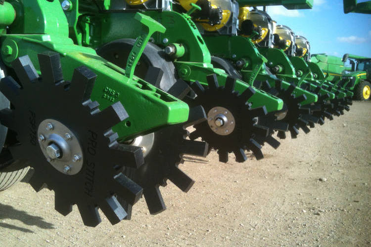 Pro-Stitch Closing Wheels on planter